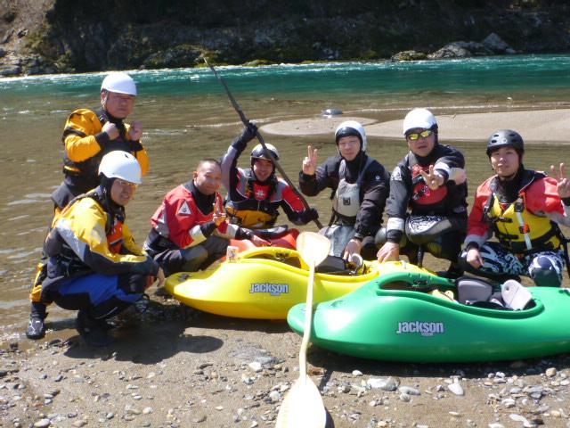 120410_kani_kayak.JPG